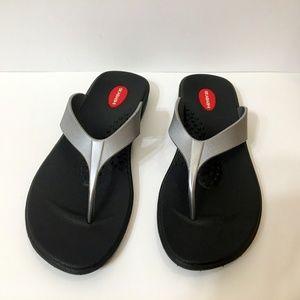 Women's Okabashi Flip Flops Silver Black 9.5 - 10
